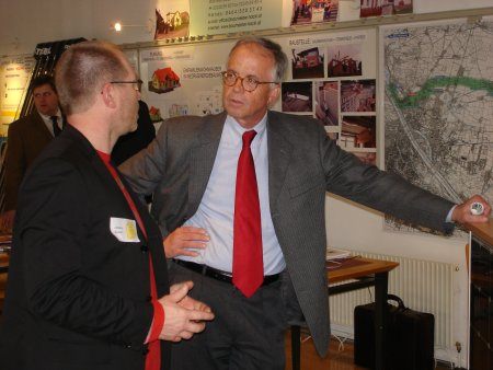 DI Raymann im Gespraech mit NR Dr. W. Fasslabend